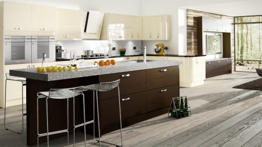 Astro Vanilla with Tavola Oak Black Brown Ferrara